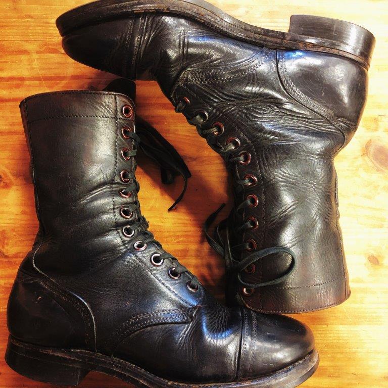 ブーツなどヴィンテージの買取りは古着屋NEXT貝塚店、大阪、和歌山